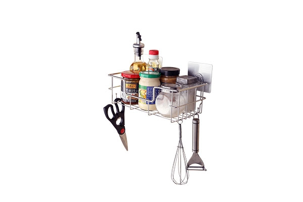 一个小小的橱柜拉篮让厨具变得井然有序而又干净卫生